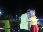 Veja novas fotos da noite dos ex-BBBs Fernando e Aline na Bahia