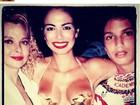 Luciana Gimenez revira acervo e posta foto antiga com a família