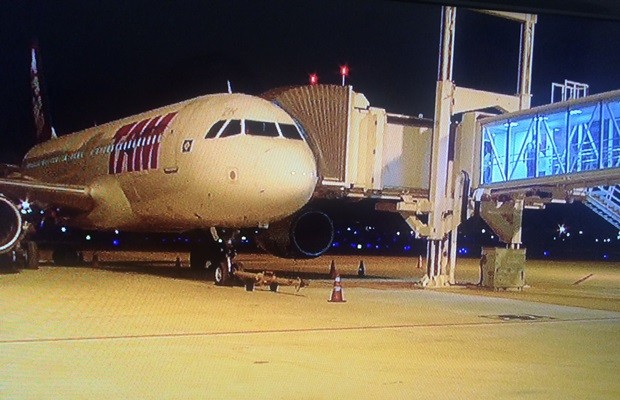 Voo da Tam inaugurou noco terminal do aeroporto de Goiânia (Foto: Reprodução/TV Anhanguera)