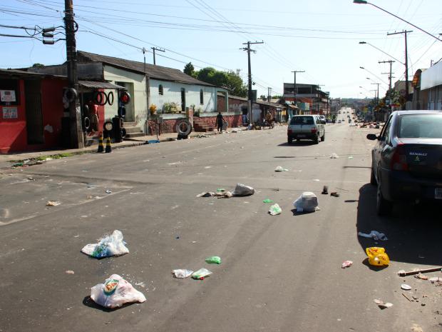 Acidente ocorreu após banda de carnaval na Cidade Nova (Foto: Jamile Alves/G1 AM)