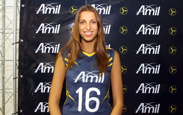 A ponteira búlgara Vasileva ainda é dúvida no elenco do Campinas para o primeiro jogo (Foto: Divulgação)