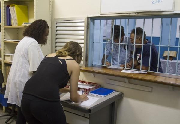 Agentes escolares (Foto: reprodução)