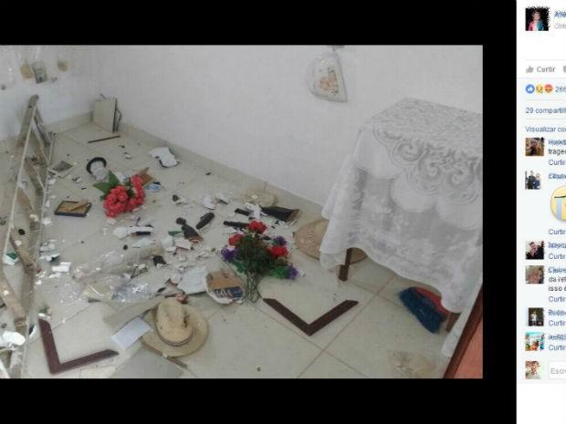 Paróquia de Rio de Contas foi destruída na madrugada da quarta-feira (12) (Foto: Reprodução / Facebook)