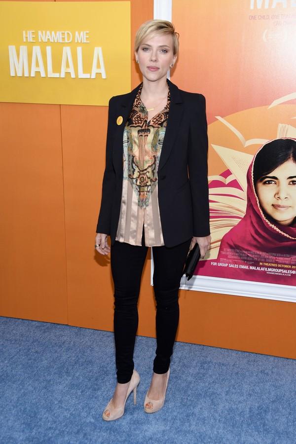 Scarlett Johansson gostaria de conhecer o elenco da série 'Transformers' (Foto: Getty Images)