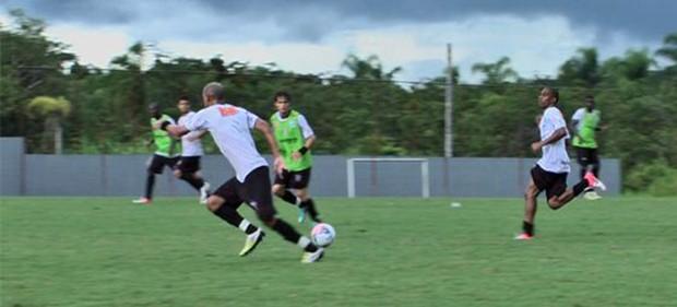 Joinville treina antes de clássico contra o Criciúma (Foto: Divulgação / JEC)