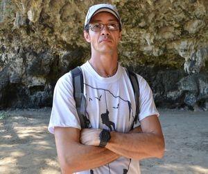 """'Não descartamos a descoberta de outras grutas"""", explica o espeleólogo Elias Silva (Foto: Fredson Navarro / G1)"""