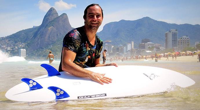 EuAtleta Henrique SURF adaptado_690 (Foto: Eu Atleta | Arte | fotos: arquivo pessoal)