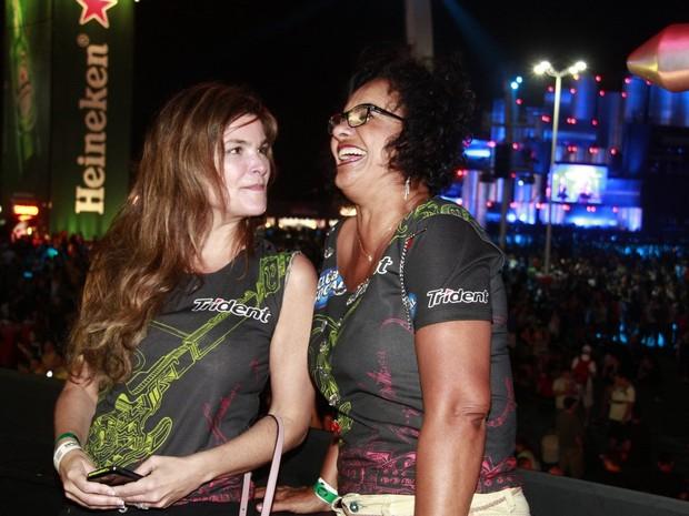 Solange Couto e Cristiana Oliveira (Foto: Isac Luz / EGO)