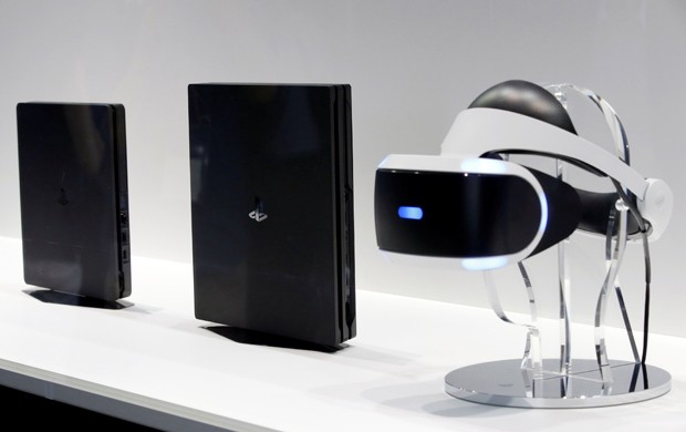 Crítica internacional destaca o conforto do PlayStation VR, os óculos de realidade virtual do PS4 (Foto: REUTERS/Kim Kyung-Hoon)