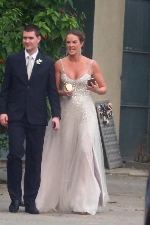 Letícia Birkheuer no casamento de Karen Junqueira (Foto: Felipe Assumpção / AgNews)