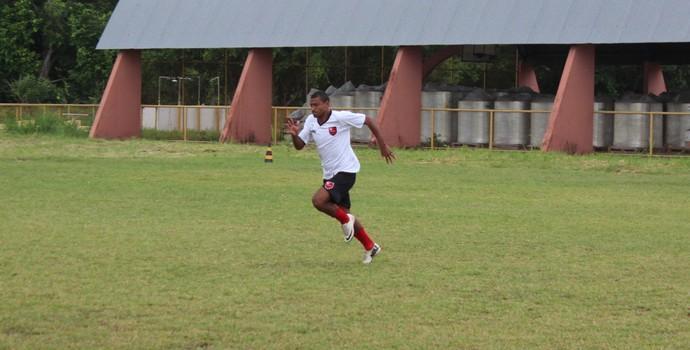 Jarbas, meia do Flamengo-PI (Foto: Abdias Bideh/GloboEsporte.com)