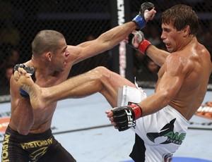 Urijah Faber x Renan Barao UFC 07/12 (Foto: Getty Images)