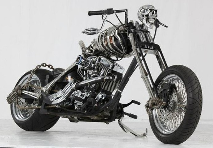 Moto-esqueleto customização
