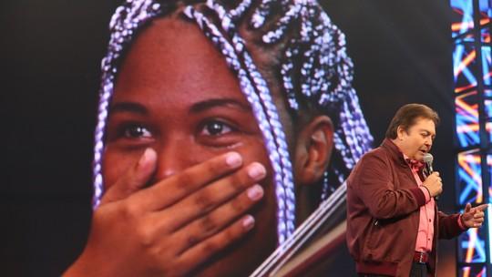 Orquestra Maré do Amanhã descobre que vai tocar para o Papa e se emociona no 'Domingão'