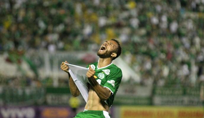 Leandro Chapecoense (Foto: Alan Pedro / Getty Images)