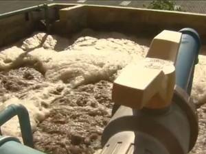 Tratamento de resíduos químicos da produção (Foto: Reprodução EPTV)