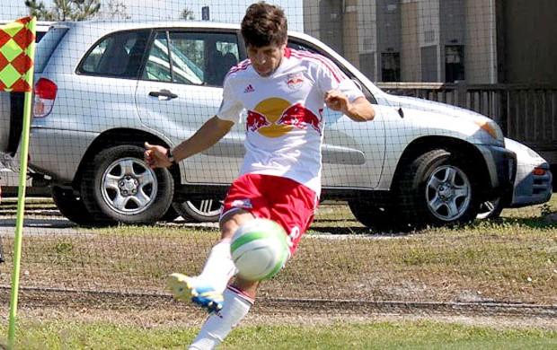 Juninho Pernambucano new york red bull estreia (Foto: Reprodução / Site Oficial do New York Red Bull)