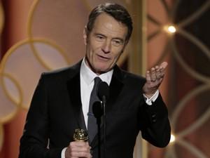 Bryan Cranston vence o prêmio de melhor ator de série dramática por 'Breaking bad' no 71º Globo de Ouro (Foto: REUTERS/Paul Drinkwater/NBCUniversal/Handout)