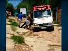 Ambulância do Samu atola durante atendimento em bairro de Campinas