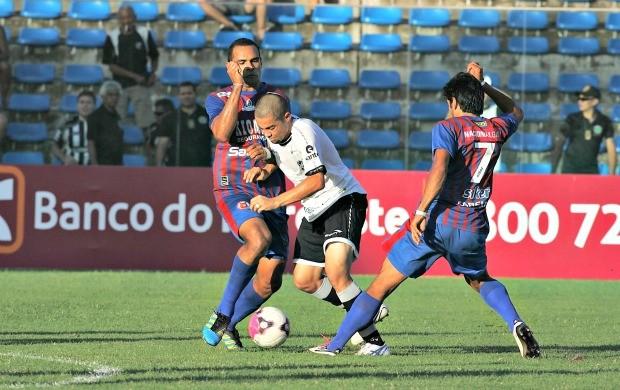 Ceará goleia o Tiradentes e está na final (Foto: Kid Júnior/Agência Diário)