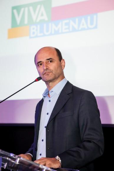 O diretor geral de TV em Santa Catarina, Mário Neves (Foto: Endrigo Righeto/Divulgação)