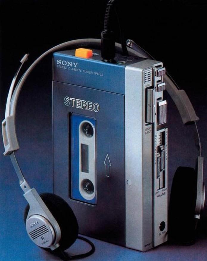 Sony TPS-L2 foi o primeiro Walkman, lançado em 1979 (Foto: Divulgação/Sony)