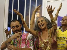 Maria Bethania e Leandro Vieira (Foto: Marcos Serra Lima / EGO)