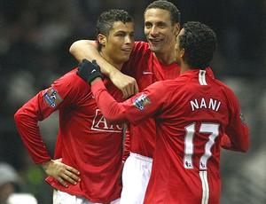 Cristiano Ronaldo e Ferdinand, Manchester United (Foto: Agência Getty Images)
