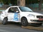 Colisão entre táxi e ônibus deixa taxista ferido no Centro do Recife