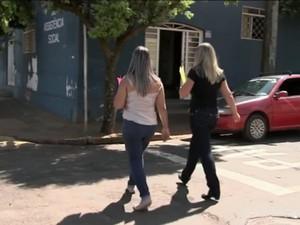 Conselheiras a pé (Foto: Reprodução/TV Tem)
