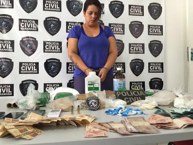 Andréa Martins Nogueira já foi presa em Portugal pelo crime de tráfico internacional de drogas (Foto: Divulgação/Polícia Civil)