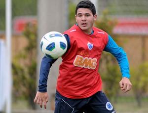 Diego Renan diz que já melhorou o rendimento (Foto: Washington Alves / Vipcomm)
