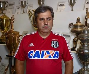 Gilson Kleina, técnico Ponte Preta (Foto: Carlos Velardi/ EPTV)