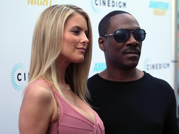 Paige Butcher e Eddie Murphy em première em Los Angeles, nos Estados Unidos (Foto: David Livingston/ Getty Images)