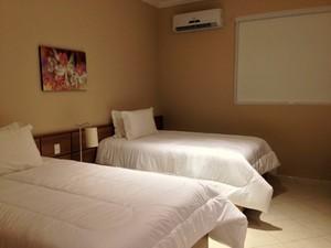 Os quartos do hotel são novos e têm 28 metros quadrados (Foto: Natália de Oliveira)