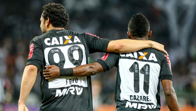 Fred e Cazares, do Atlético-MG (Foto: Bruno Cantini / Atlético-MG)