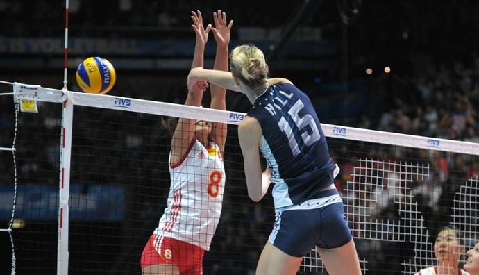 Estados Unidos x China final mundial feminino de vôlei Kimberly Hill (Foto: Divulgação / FIVB)
