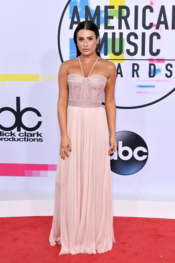 LOS ANGELES, CA - NOVEMBER 19: Lea Michele attends the 2017 American Music Awards at Microsoft Theater on November 19, 2017 in Los Angeles, California.  (Photo by Neilson Barnard/Getty Images) (Foto: Getty Images)