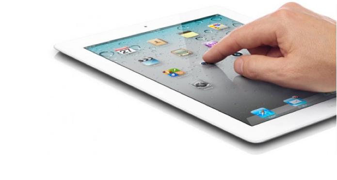 iPad 2 recebeu mais uma câmera e um formato mais fino (Foto: Divulgação/Edivaldo Brito)