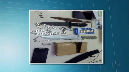 Quadrilha suspeita de assaltar escola e traficar drogas é presa no Grande Recife