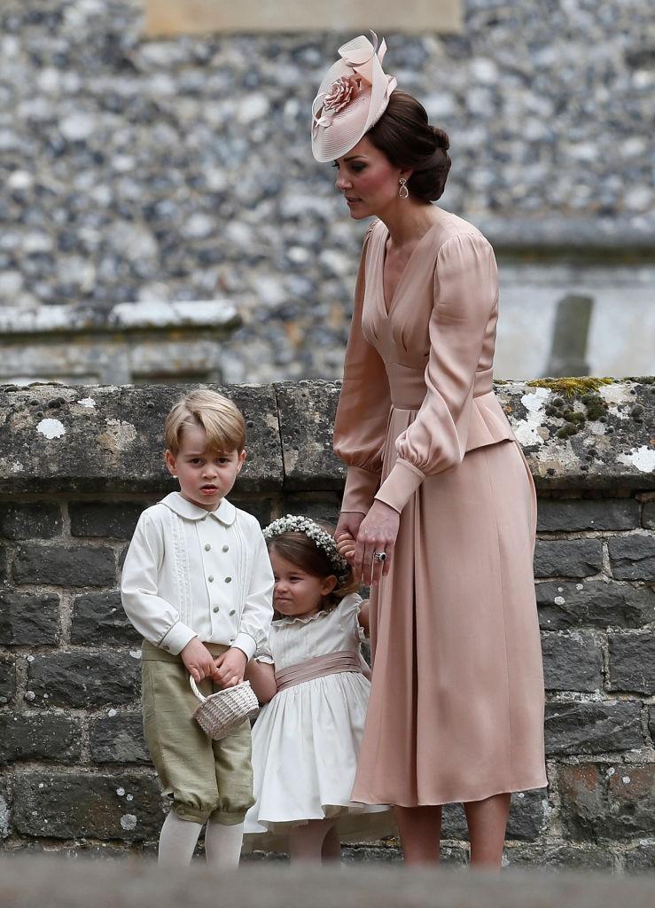 Kate Middleton e os filhos após a cerimônia (Foto: Getty Images)