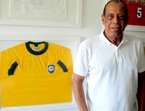 Carlos alberto torres capitão do tricampeonato (Foto: Janir Júnior)