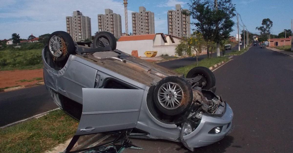 Enfermeira é vítima de sequestro-relâmpago em Itapira, SP - Globo.com