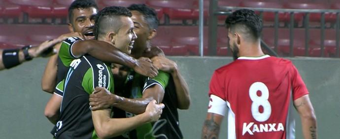 América-MG x Boa Esporte (Foto: Reprodução/ Premiere)