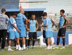 Enderson integra garotos do time B ao grupo profissional (Foto: Diego Guichard)