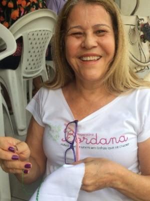 Ana Maria, 61 anos, faz parte da cooperativa há 2 anos (Foto: Murillo Velasco/G1)