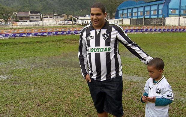 Arthur Seedorf torcedor do Botafogo (Foto: Reprodução SporTV)