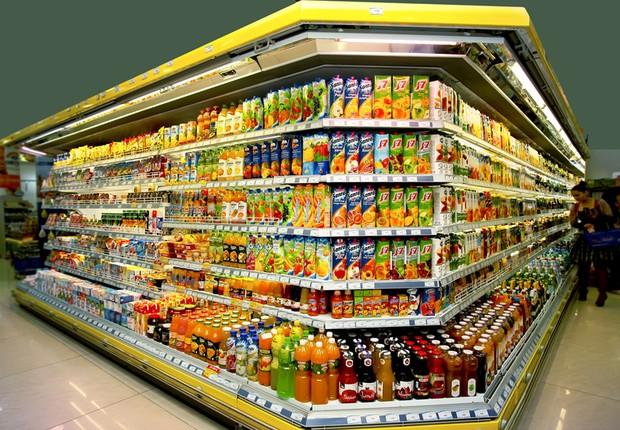 Supermercado na Armênia. Os consumidores recebem todo tipo de campanha onde as empresas dizem fazer boas ações sustentáveis. Como avaliar? (Foto: Vladimir Kirakosyan/ Wikimedia Commons)