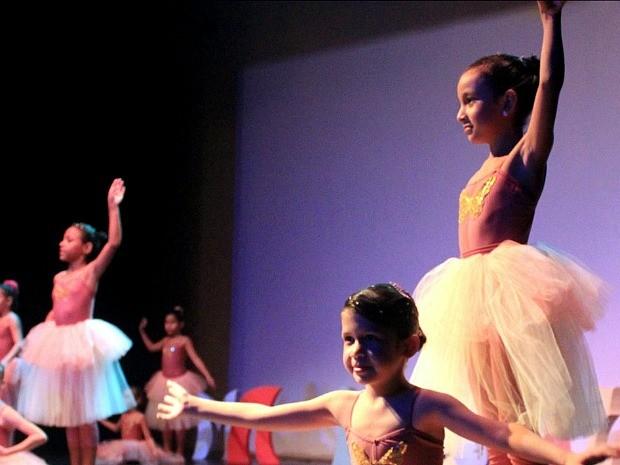Vagas estão disponíveis para cursos de balé clássico (Foto: Divulgação/Sesc)