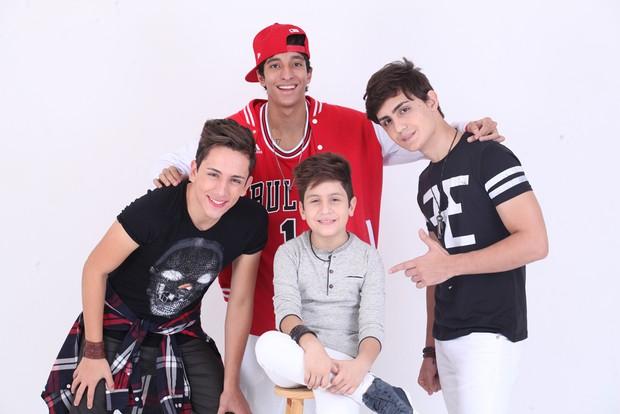 Hugo Henrique, Felipe, Michel e PH, integrantes da boyband Tróia (Foto: Divulgação)
